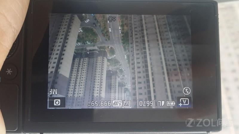 刚买的佳能EOS M3相机,按快门拍不了照片呢?在哪里调对焦呢...